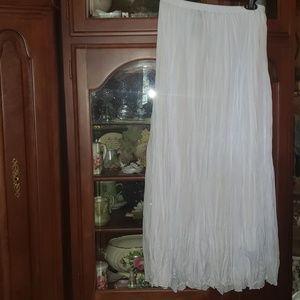 Classy Crinkle Pleated Maxi Skirt